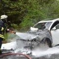 image einsatz-14-2-brennende-pkw-29-04-2012-7-jpg